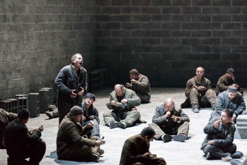 """""""De la Maison des Morts"""" (© F. Godard / Opéra du Rhin)"""