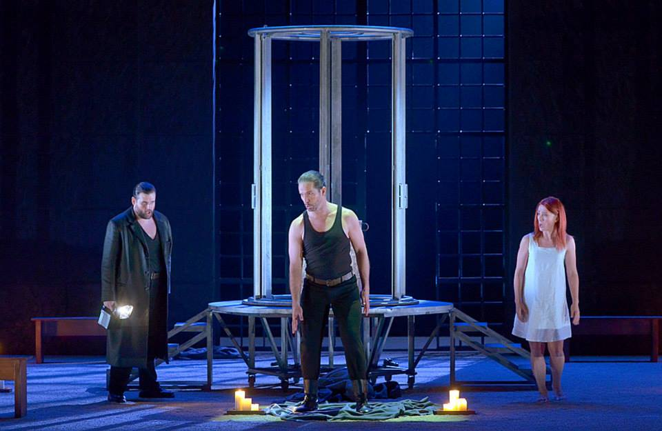Jean-François Borras (Cinna), Andrew Richards (Licinius), Ermolena Jaho (Julia). © Vincent Pontet (TCE)