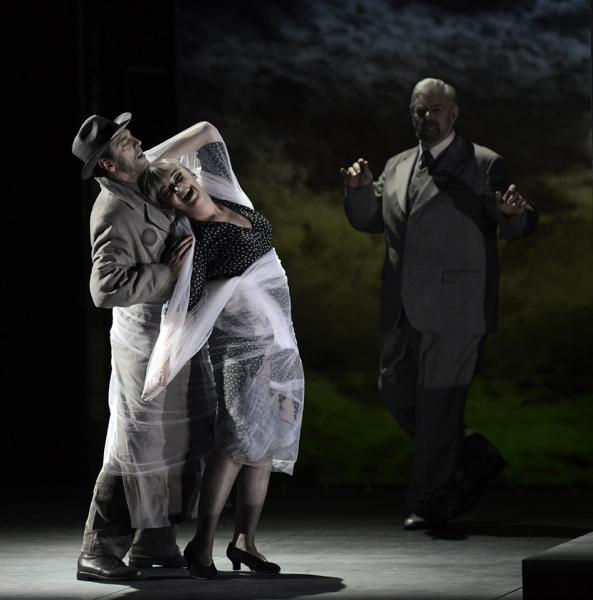 Jason Howard, Riccarda Merbeth & Kristinn Sigmundsson (© Alain Kaiser / Opéra du Rhin)