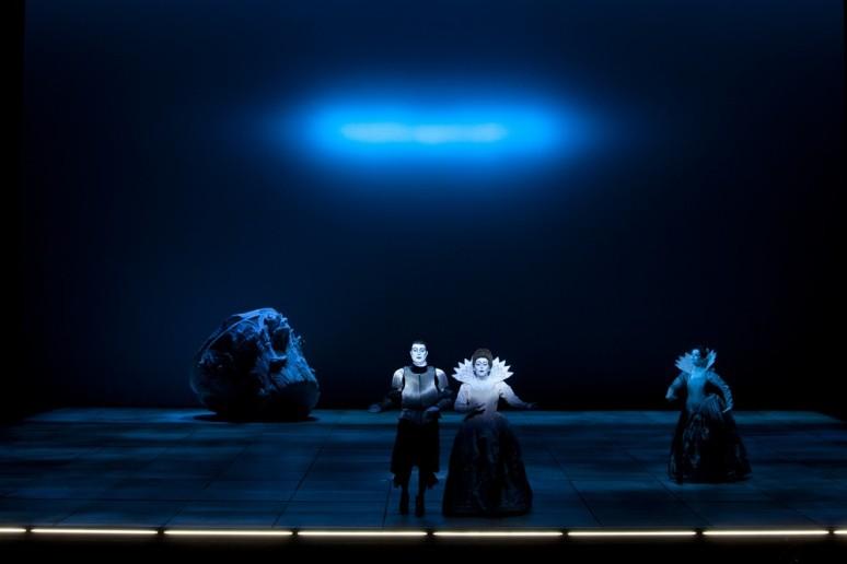 Jeremy Ovenden (Néron) & Karine Deshayes (Poppée) (© Opéra National de Paris / Andrea Messana)