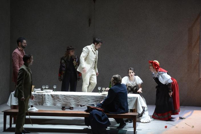 Anna Radziejewska (Beppe), Teodor Ilincai (Fritz), Brigitta Kele (Suzel) / © Alain Kaiser