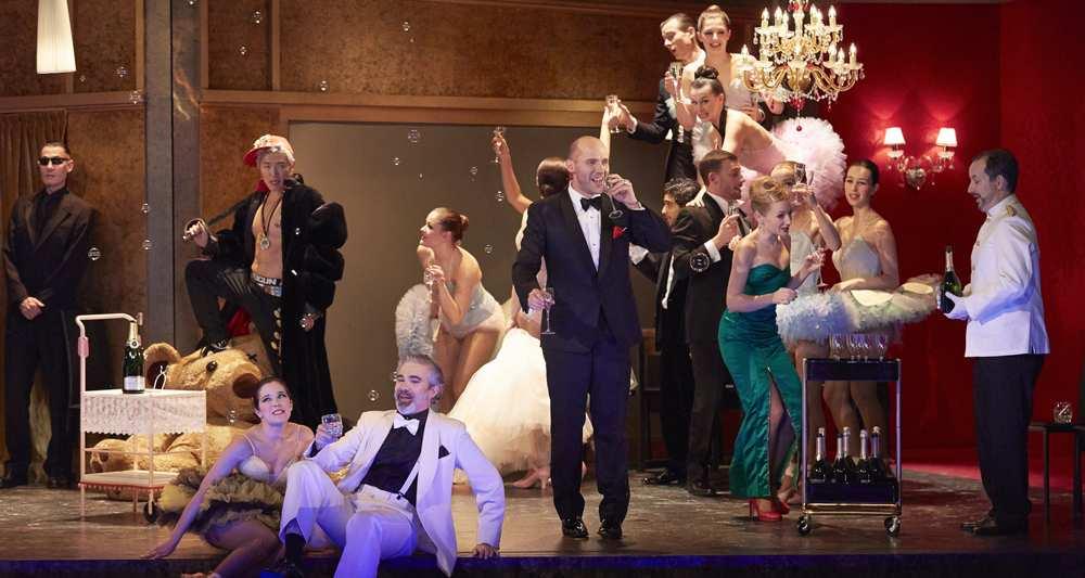 Bal chez Orlofsky (© Pierre Grosbois)