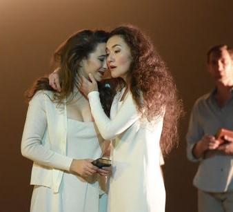 Katherine Watson (Theodora) & Stéphanie d'Oustrac (Irene) / © Vincent Pontet
