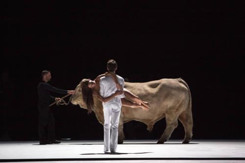 Le Veau d'Or (© Opéra de Paris / Bernd Uhlig)