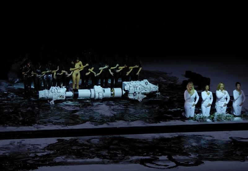 Le sacrifice (© Bernd Uhlig - Opéra de Paris)