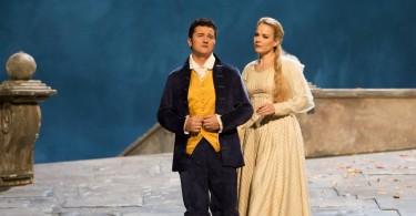 Piotr Beczala (Werther) & Elīna Garanča (Charlotte) / © Emilie Brouchon (Opéra National de Paris)