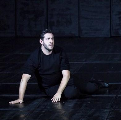 Carlos (Andrea Carè) / © Klara Beck (Opéra National du Rhin)