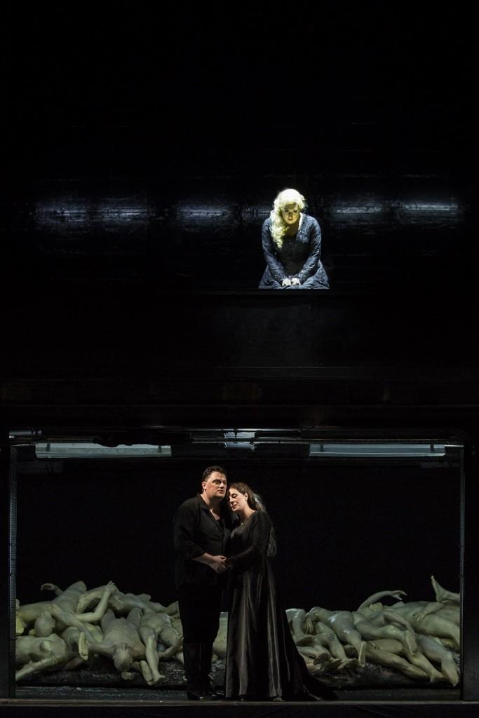 Aïda (Opéra Bastille). Anita Rachvelishvili (Amneris), Aleksandrs Antonenko (Radamès), Sondra Radvanovsky (Aïda) / © Damiana Guerganova (OnP)