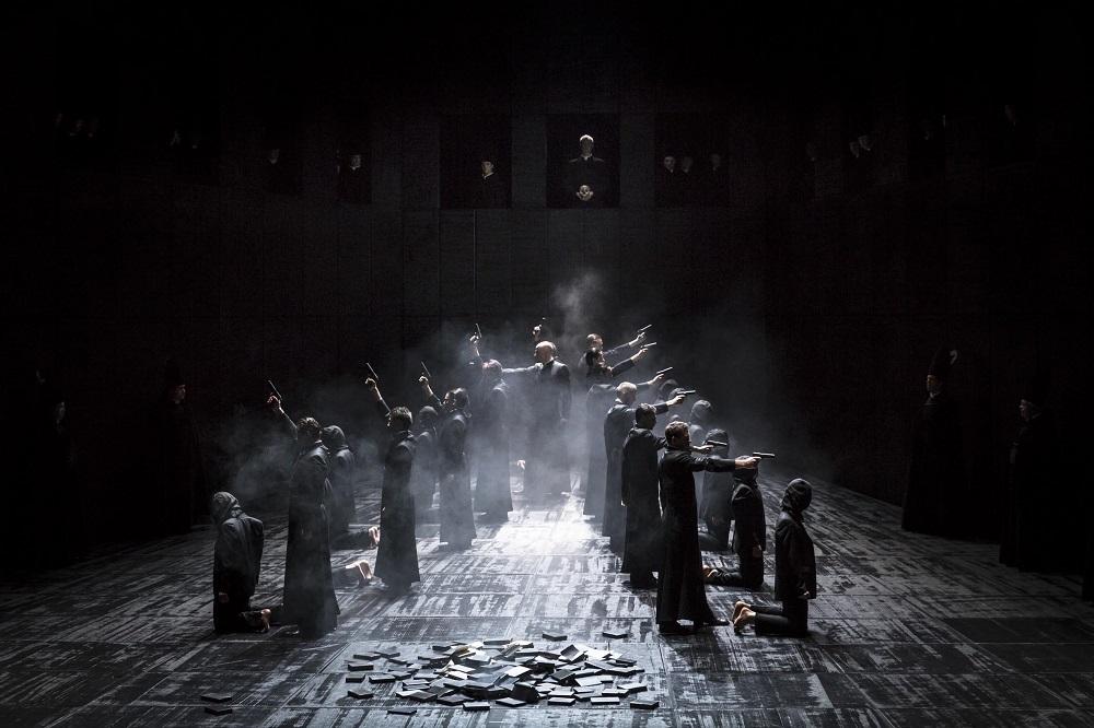 Scène de l'Autodafé / © Klara Beck (Opéra National du Rhin)