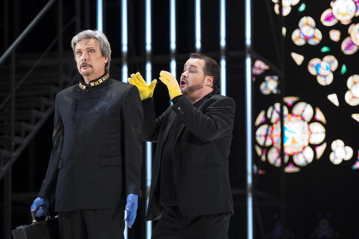 Ruggiero (Nicolas Cavallier) & le Prince Leopold (Roberto Saccà à la répétition) / © Klara Beck (Opéra National du Rhin)