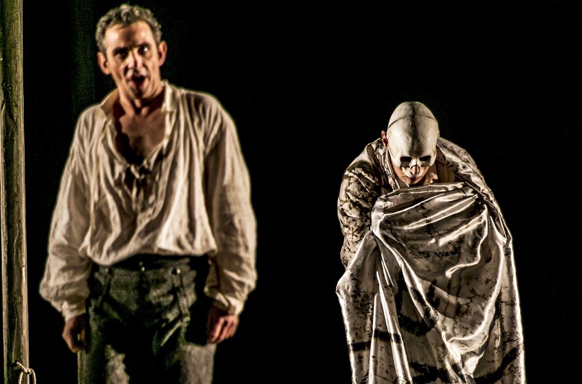 Don Giovanni (Jean-Sébastien Bou) & Le Commandeur (Callum Thorpe) / © Mats Bäcker-Drottningholms Slottsteater (2016)