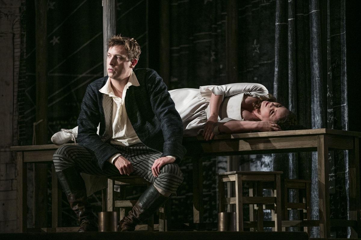 Masetto (Callum Thorpe) & Zerlina (Chiara Skerath) / © © Mats Bäcker-Drottningholms Slottsteater (2016)