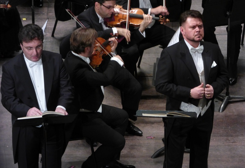 Ludovic Tezier (Simon Bocanegra) et Vitalij Kowaljow (Jacopo Fiesco) / Ph. fomalhaut