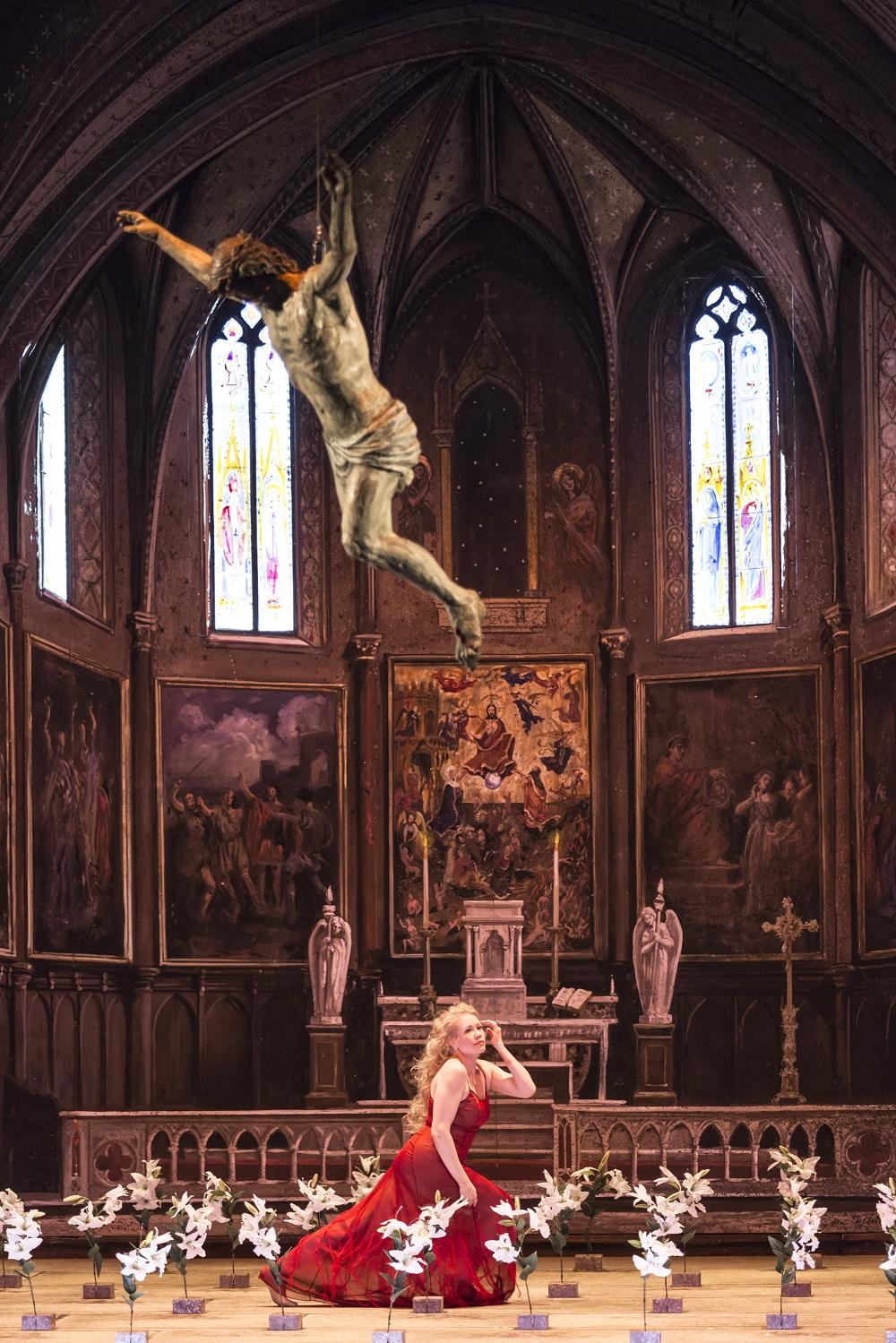 Salomé (Helena Juntunen) / © Klara Beck (Opéra National du Rhin)