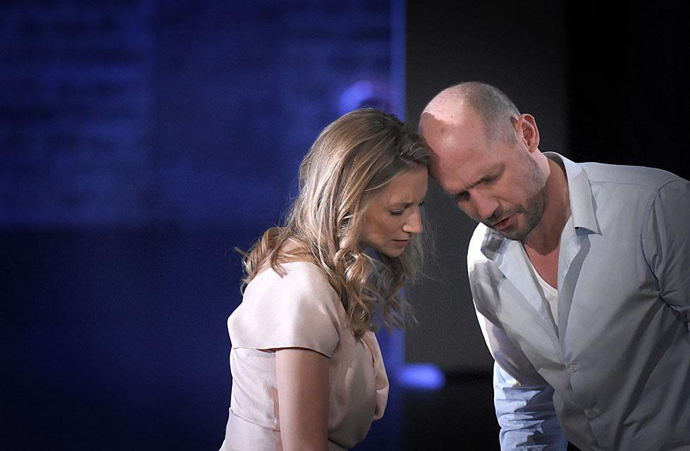 Ophélie (Sabine Devieilhe) & Hamlet (Stéphane Degout) / Vincent Pontet (Opéra-Comique, 2018)