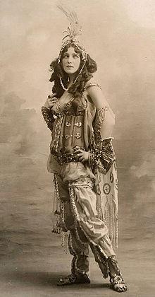 """Ida Rubinstein en 1910 dans le """"Shéhérazade"""" de Rimsky-Korsakov"""