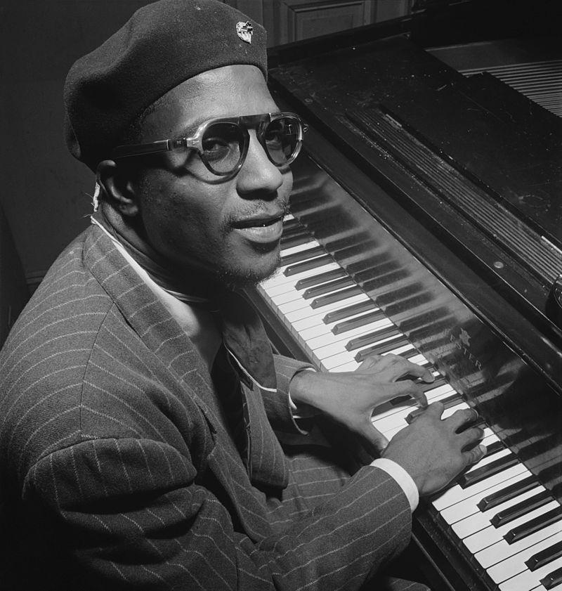 Filmé en 1966, le pianiste Thelonius Monk sera, le 17 mars, l'une des références du Festival jazz & Images du cinéma Le Balzac (DR)