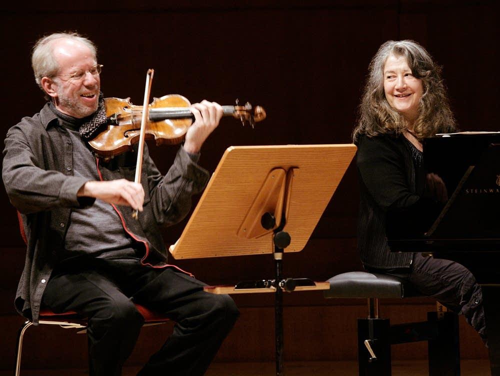 Martha et Gidon, un duo d'enfer qui, pour notre bonheur, ont gravé quelques disques ensemble ! (Ph. Klaus Rudolph)